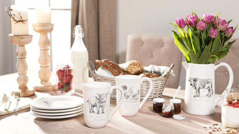 centrotavola provenzale fantasie floreali in cucina