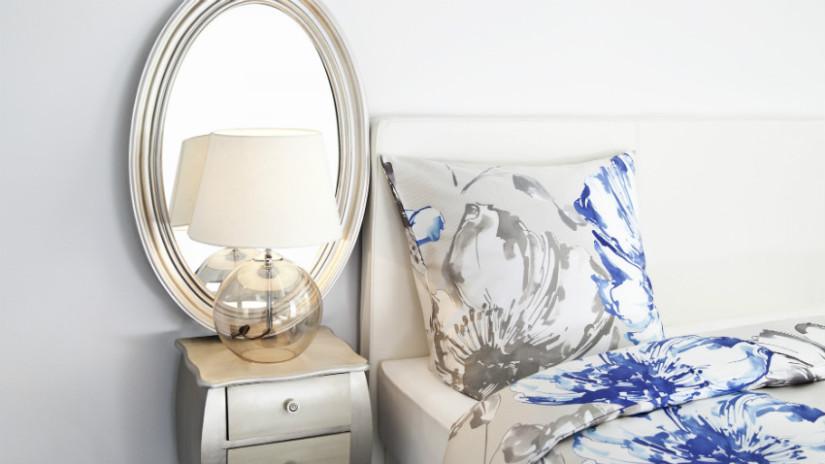 cornici ovali per camera da letto