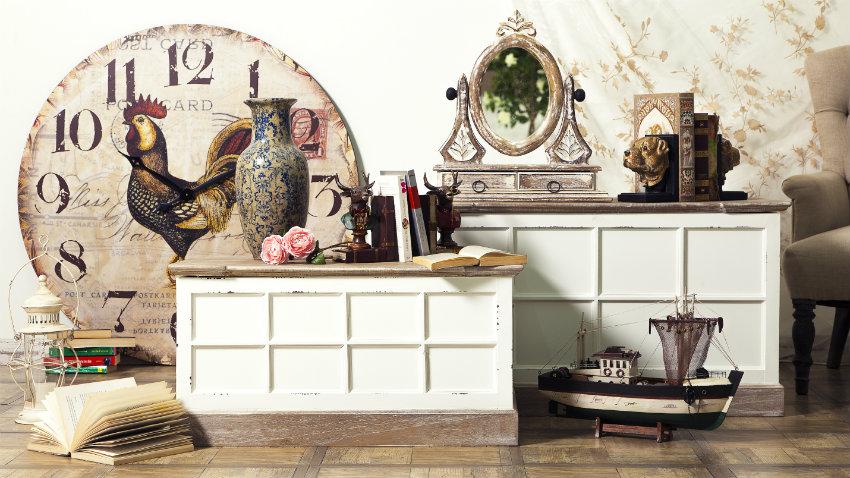 Orologi da parete e specchi