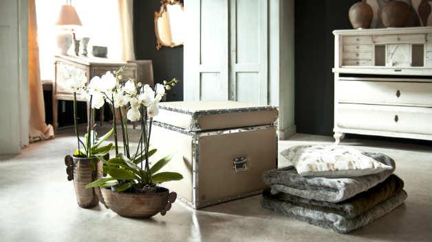 Mobili classici per ambienti eleganti dalani e ora westwing - Fregi per mobili ...