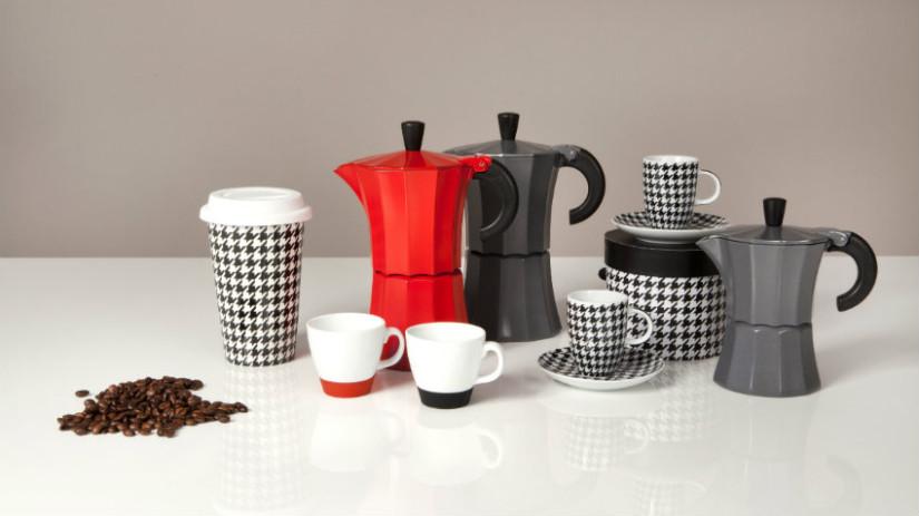 Tazzine da caffè colorate in ceramica