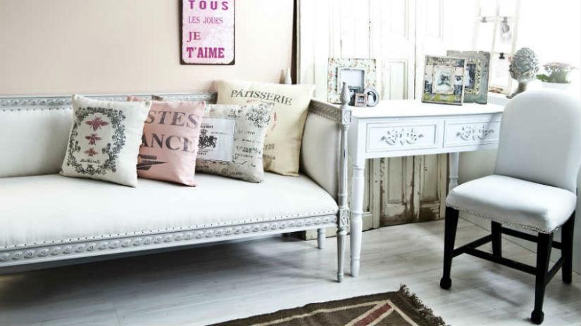 Parete attrezzata provenzale mobile per il living for Arredamento soggiorno stile provenzale