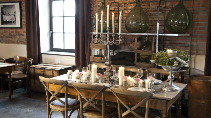 Tavoli d 39 antiquariato bellezza dei tempi che furono for Arredare la taverna