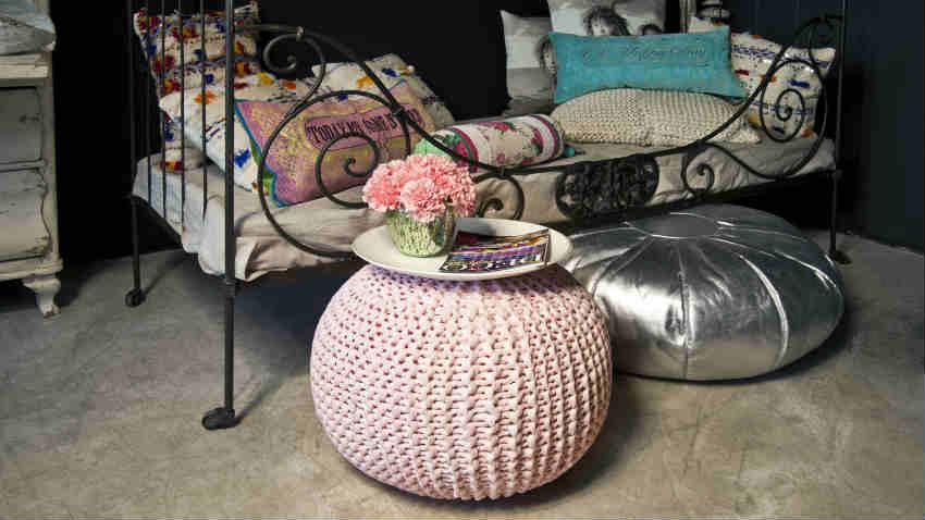 pouf rosa ad uncinetto