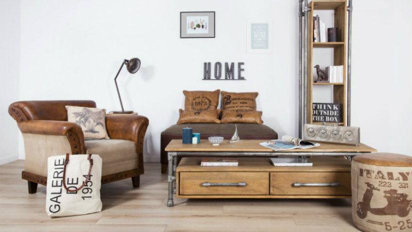 idee per la casa salotto tavolino lampada poltrona