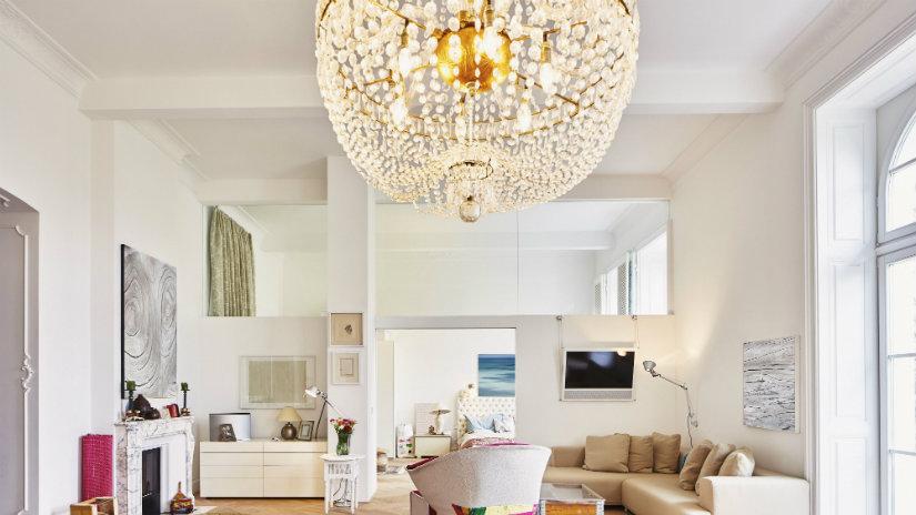 lampadari in cristallo lampadari cristallo lampadario cristallo tavolo sedie zona living