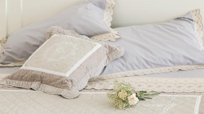 lenzuola provenzali cuscino fiori