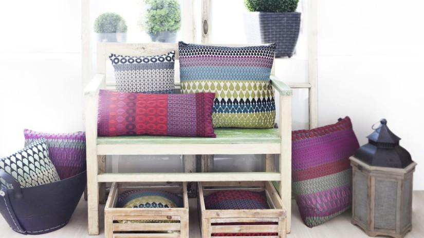 panche in legno per interni cuscini ceste