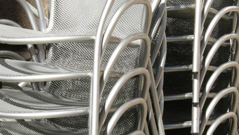 Sedie da esterno in alluminio pi stile in giardino for Sedie in alluminio