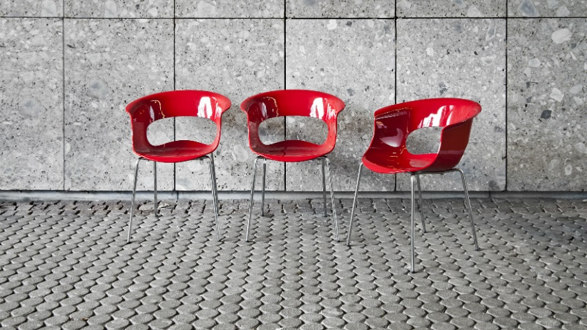 Sgabelli in policarbonato: sedute di design chic dalani e ora westwing