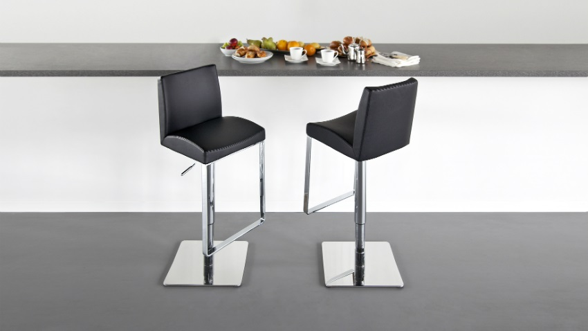 Sedie impilabili e sgabelli per cucine e sale da pranzo