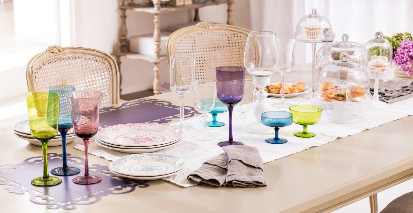 Bicchieri colorati divertenti eleganti e pratici for Bicchieri colorati vetro