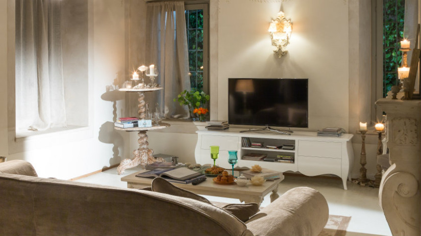Porta tv classico eleganza in casa westwing dalani e ora westwing - Mobile salotto tv ...