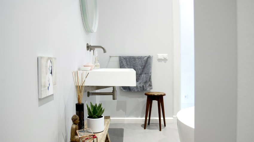 Mobile bagno con colonna