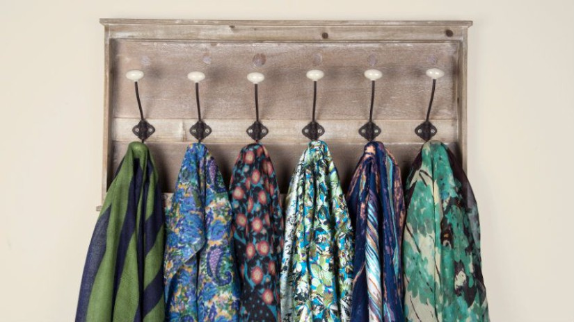 pomelli appendiabiti foulard colorati