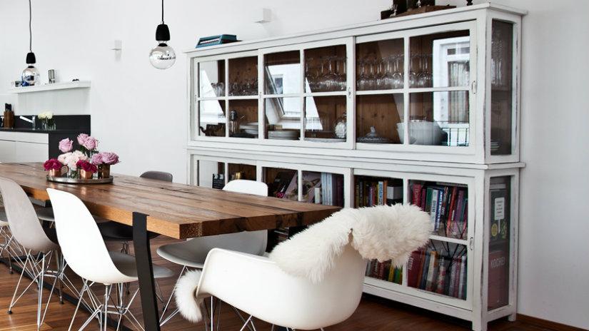 credenza moderna tavolo sedie