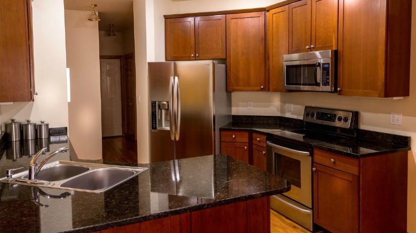 frigorifero cucine in ciliegio cucine in acciaio