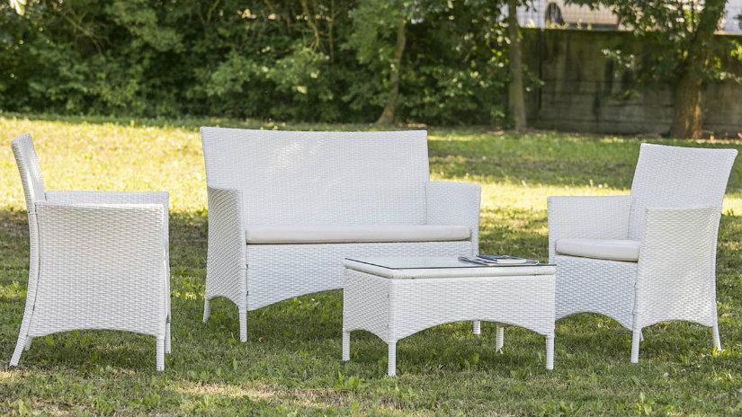Excellent giardini moderni salotto da esterno with for Giardini moderni design
