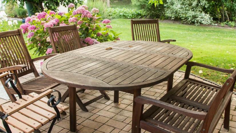 Tavoli da giardino rotondi per esterni eleganti dalani for Accessori giardino