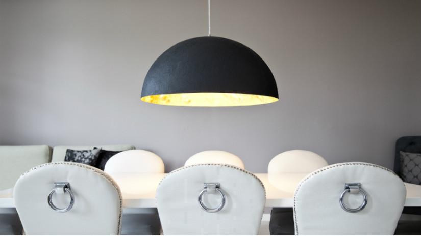 tavolo bianco lucido