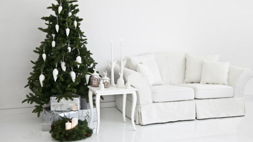 Addobbi natalizi bianchi per una casa di stile dalani e for Addobbi natalizi per la classe