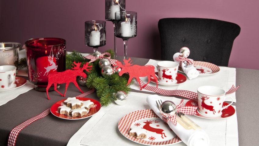 Addobbi natalizi per la tavola per un natale chic for Tavola da cucina allungabile