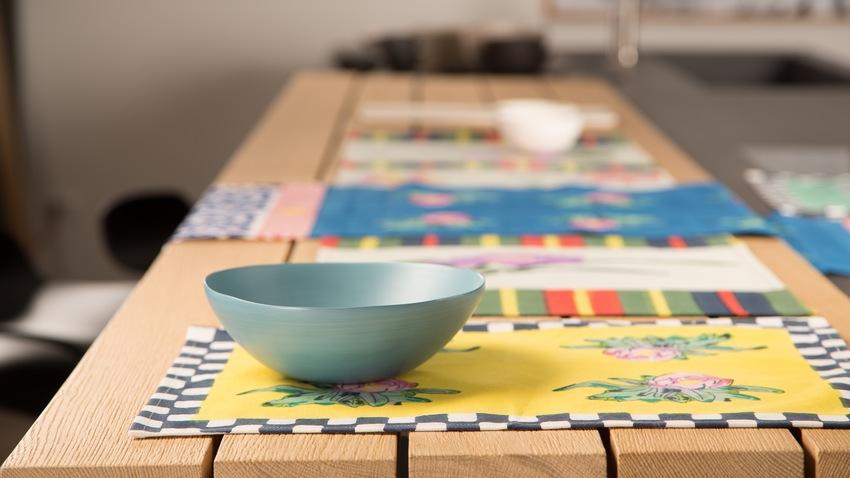 lange tafel met placemats