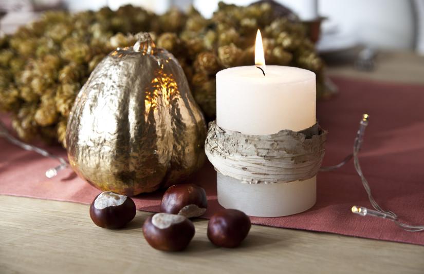 Kerst tafeldecoratie natuurlijke decoratie kastanje