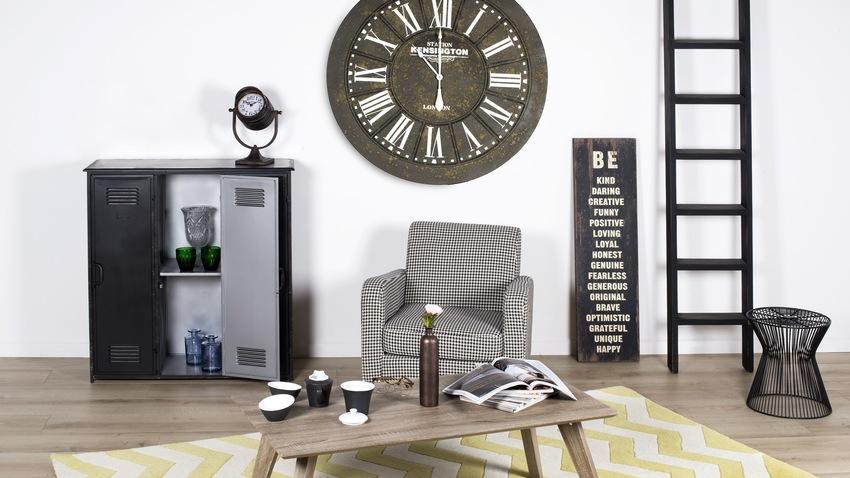 de houten klok een geschikte klok voor elke stijl westwing. Black Bedroom Furniture Sets. Home Design Ideas