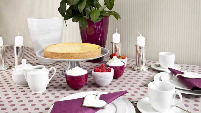 plastic tafelkleed wit met paarse stippen