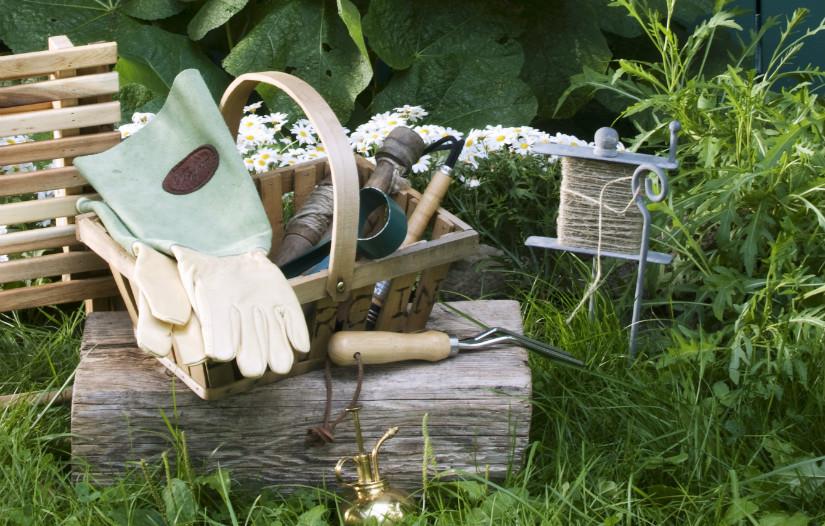 bladhark tuinieren handschoenen mandje groen hout