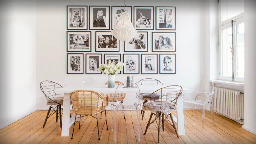 kurkvloer fotomuur witte eettafel