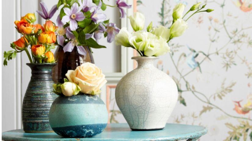 luchtverfrisse verse kleurige voorjaarsbloemen