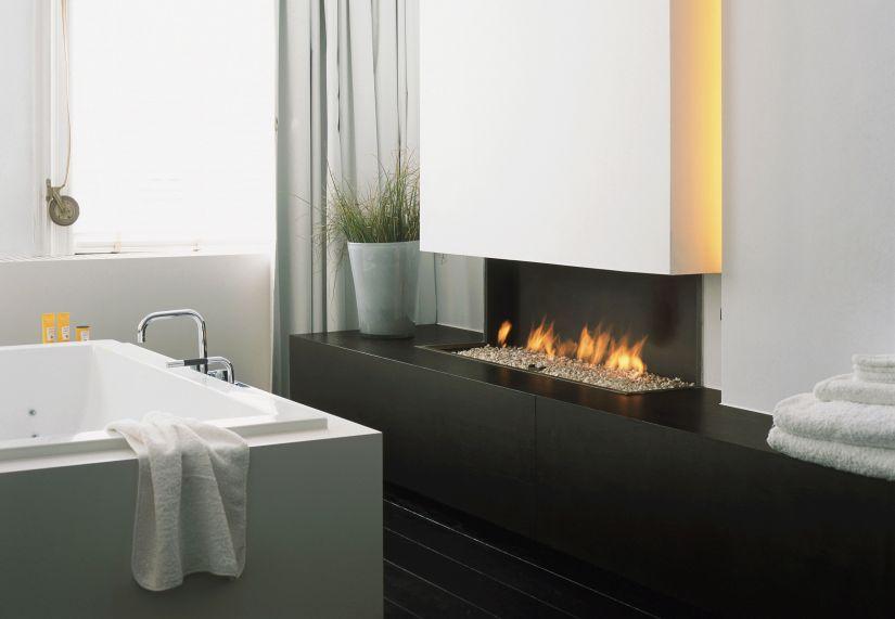 verwarming open haard in moderne badkamer