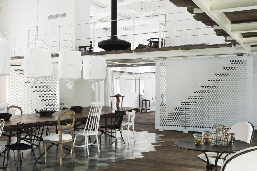 Zwevende trap een bijzondere blikvanger in huis westwing