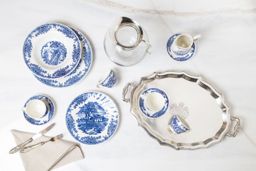 Delfts blauw aardewerken servies