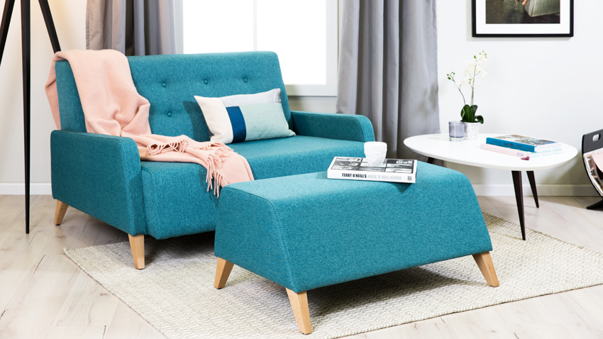 turquoise scandi bank met hocker
