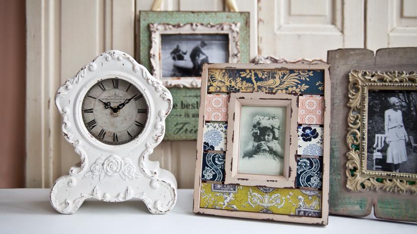 kleine staande vintage klok