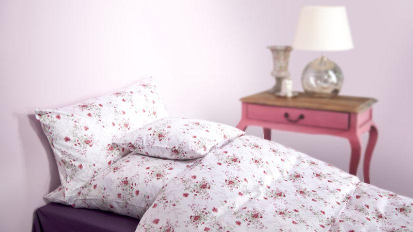 dekbedovertrek rozen op eenpersoonsbed