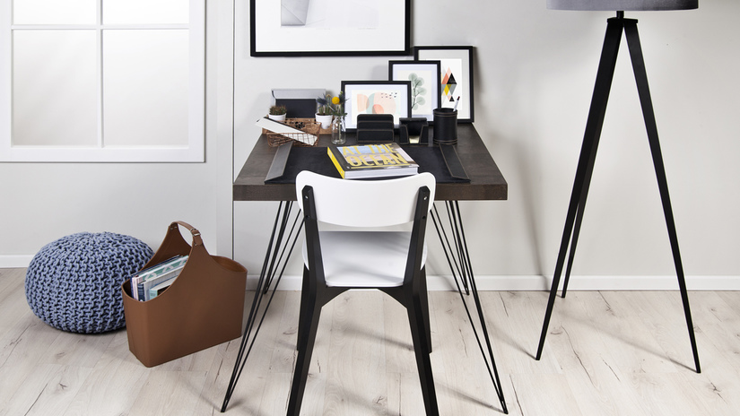 metalen bureau moderne scandi stijl zwart wit vloerlamp