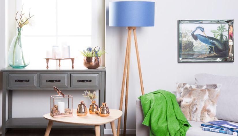 vloerlamp hout in scandi zithoek
