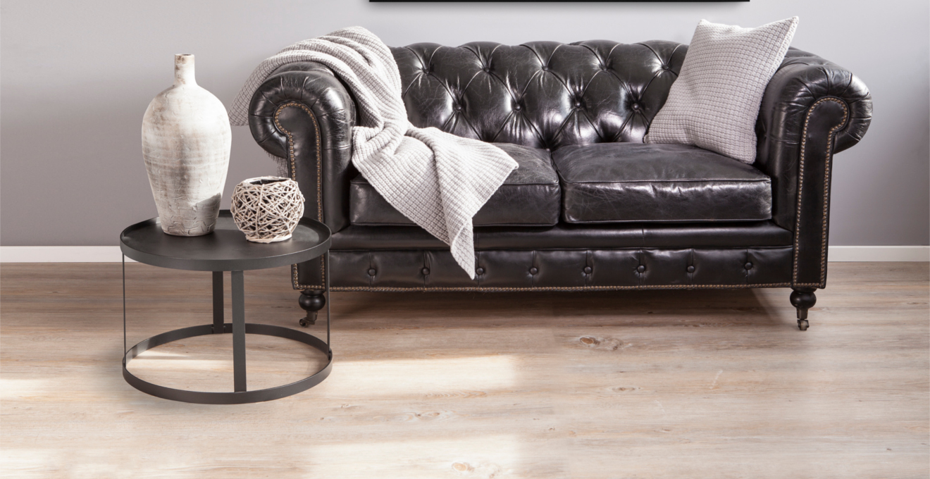 Elegancka, skórzana kanapa w kolorze czarnym