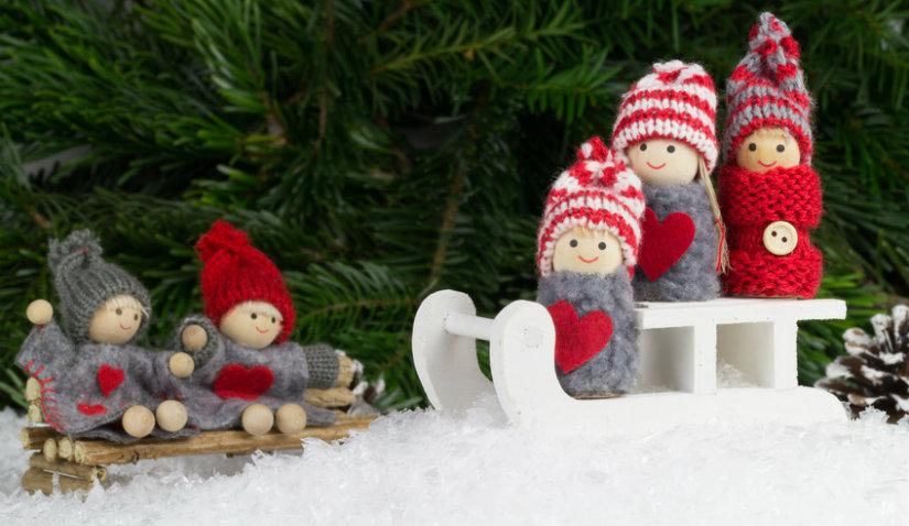 Bożonarodzeniowe ozdoby na parapet