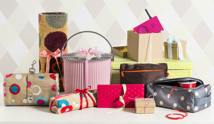 Jak zapakować prezenty w kolorowy papier