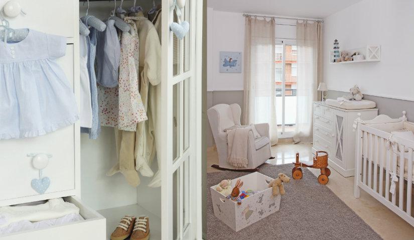 Praktyczne białe meble do pokoju niemowlaka