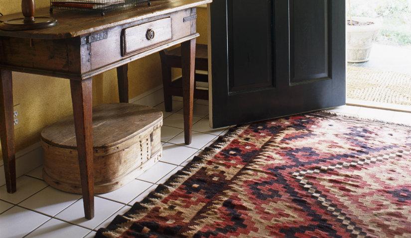 wzorzysty dywan do przedpokoju