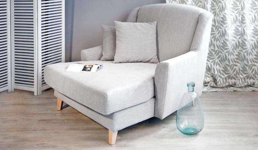 wygodny fotel-leżanka