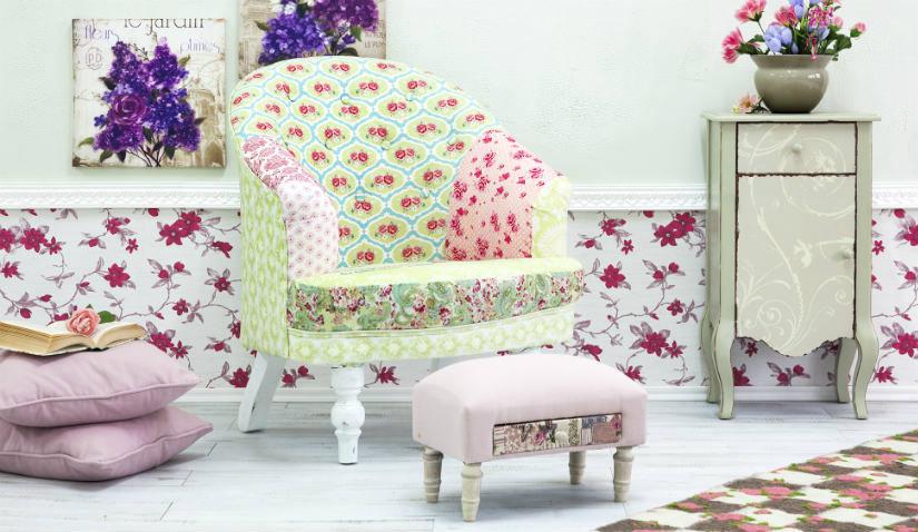 Wygodny fotel z podnóżkiem