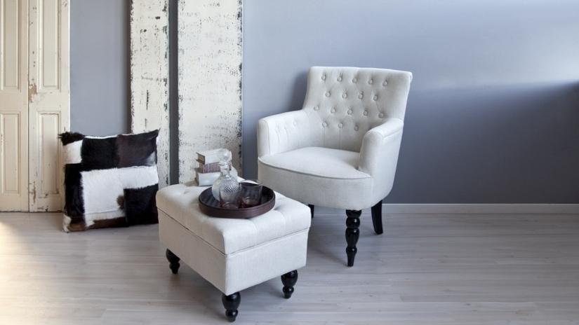 Fotel pikowany z podn kiem szyk i elegancja westwing - Sedia camera da letto ...