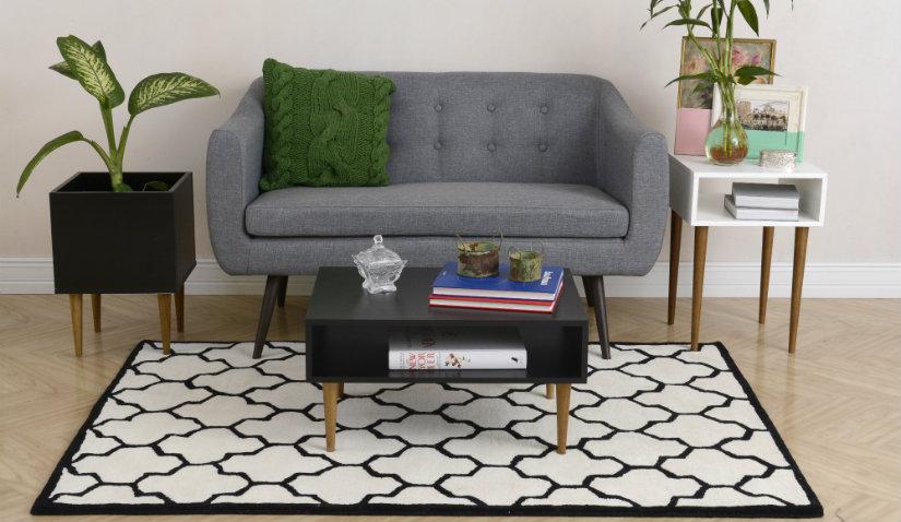 sofa jednoosobowa w stylu retro